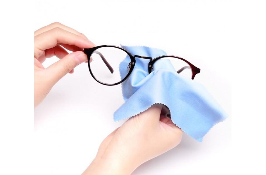 Как ухаживать за брендовыми очками